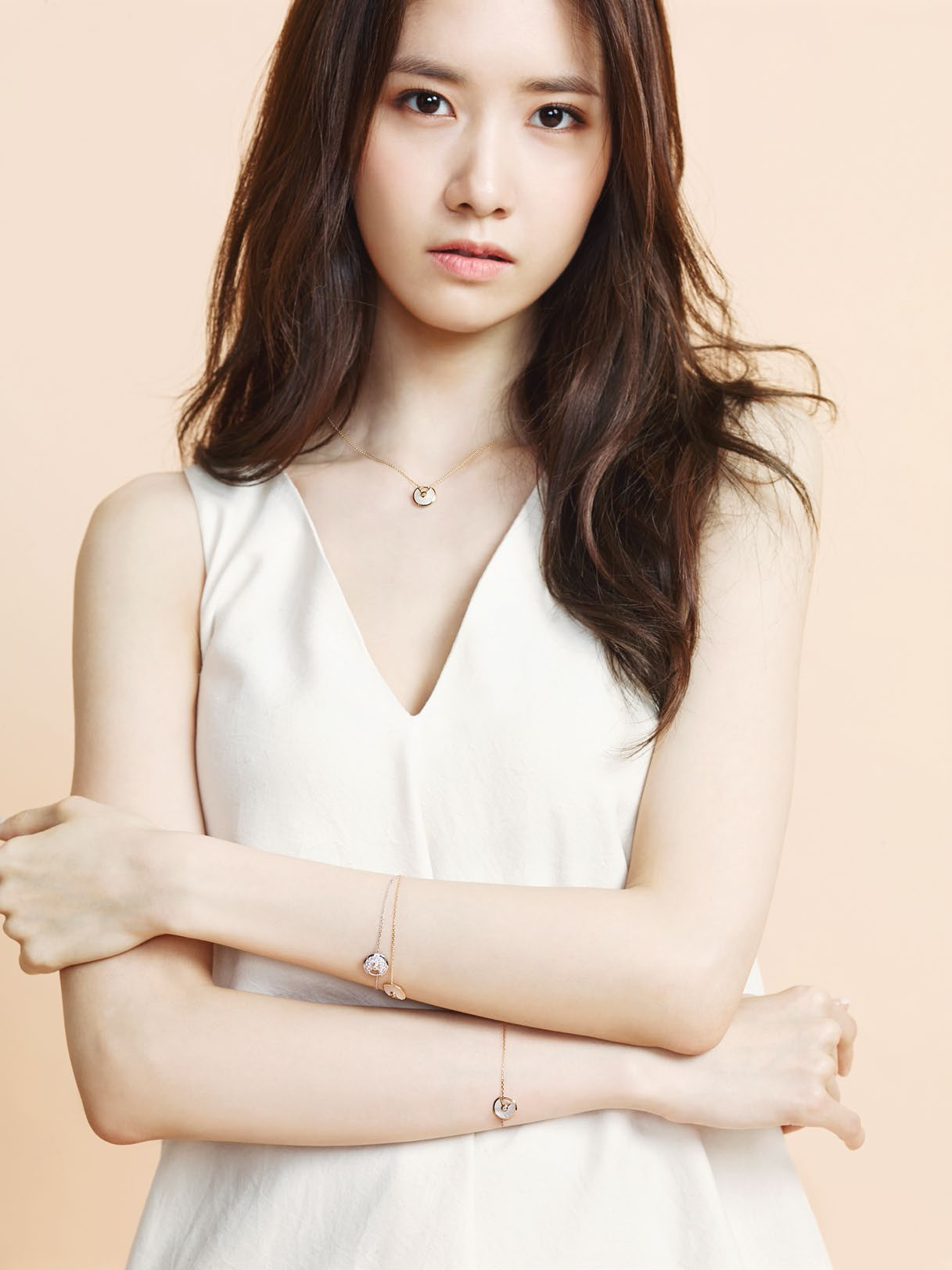 140328 yoona snsd marie claire magazine issue april 2014 scan