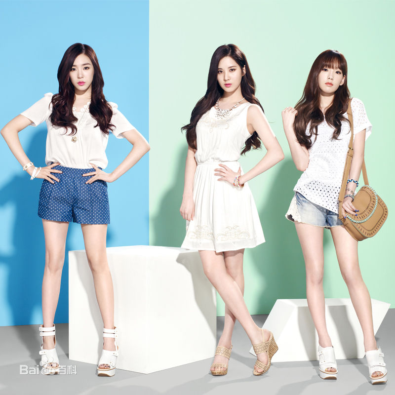 [140412] Taeyeon, Tiffany & Seohyun (SNSD) New Picture for Mixxo CF [1]