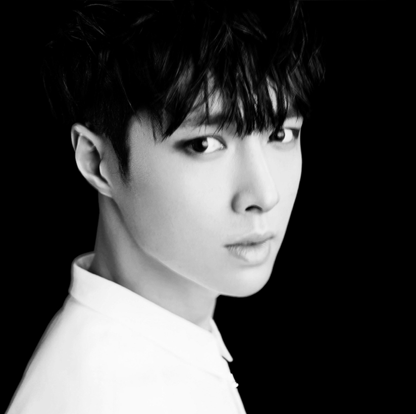 [140415] Lay (EXO) New Teaser Picture for Overdose
