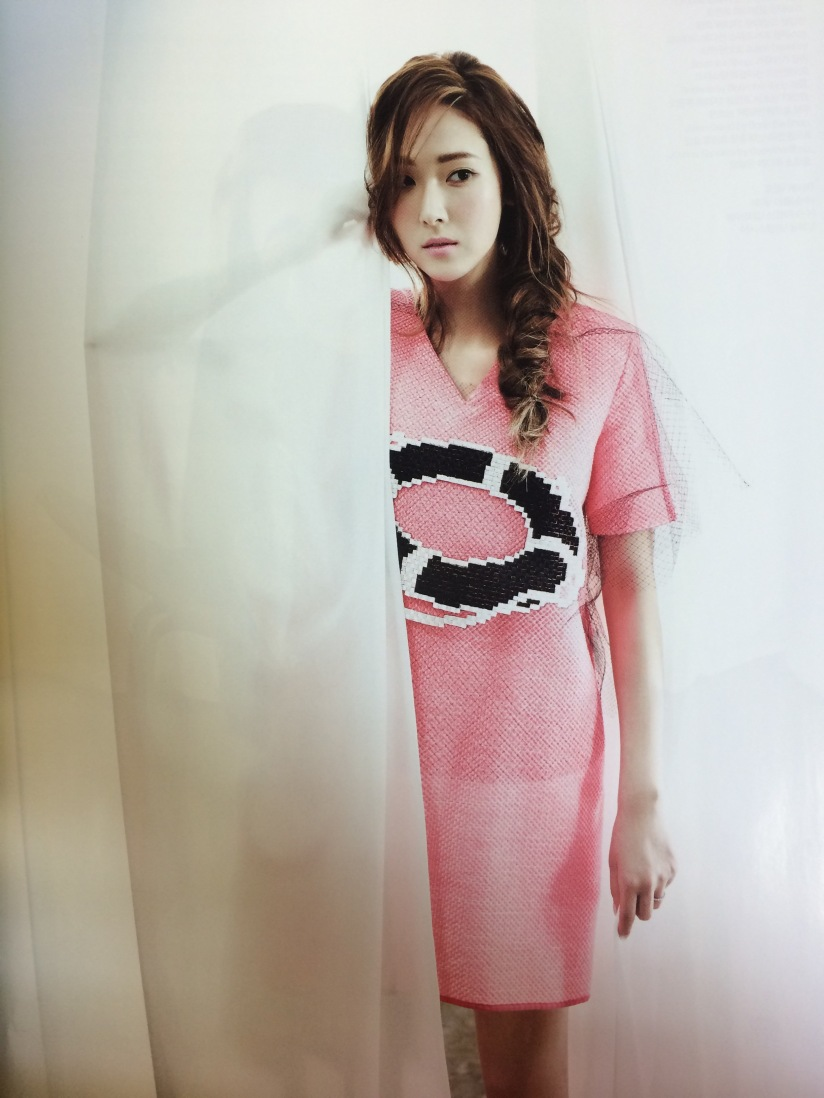 [140421] Jessica (SNSD) Preview Picture for Harper's Bazaar Magazine May Issue (Scan) by 罒JJ罒 [6]