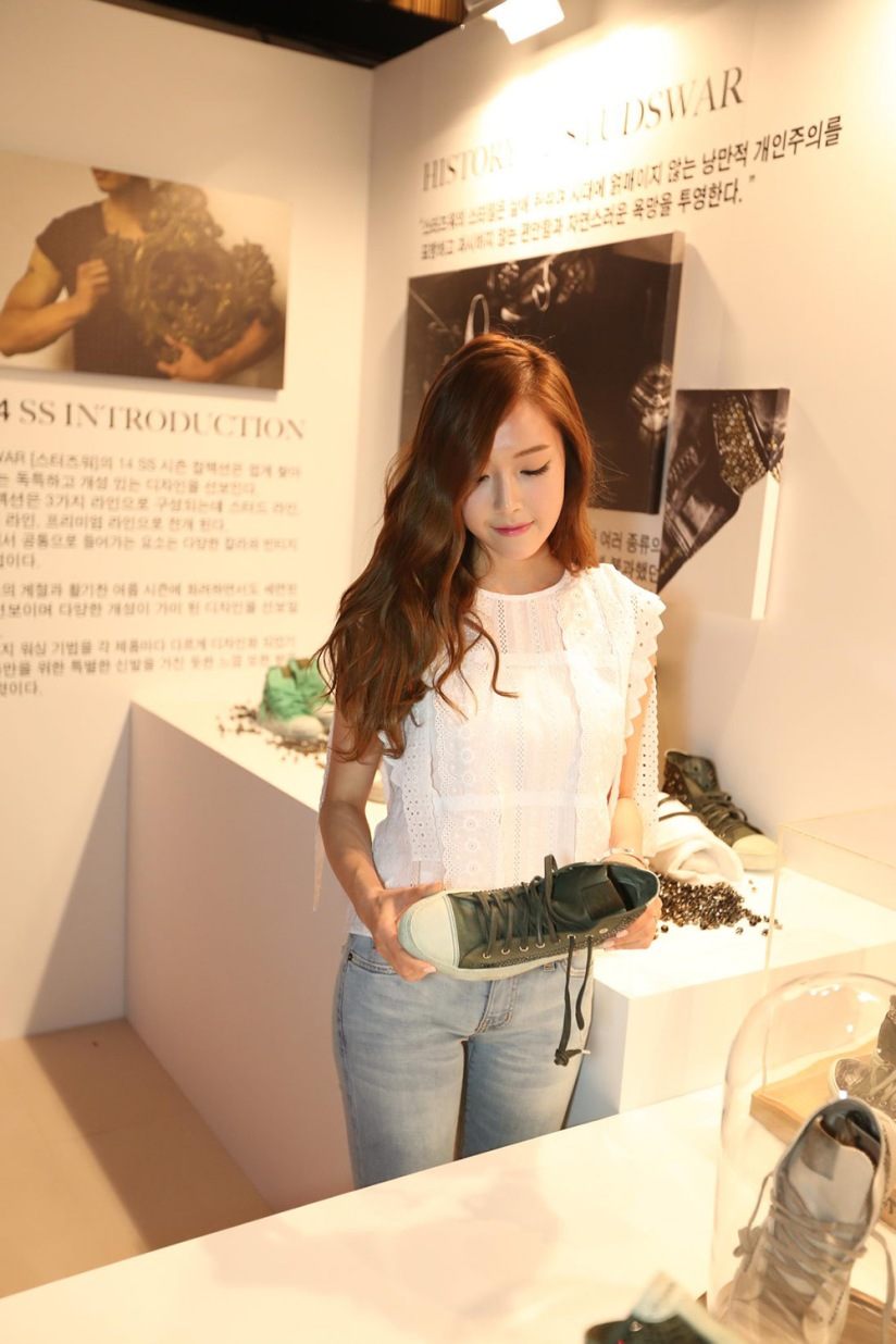 [140422] Jessica (SNSD) New Picture @ Studswar [2]