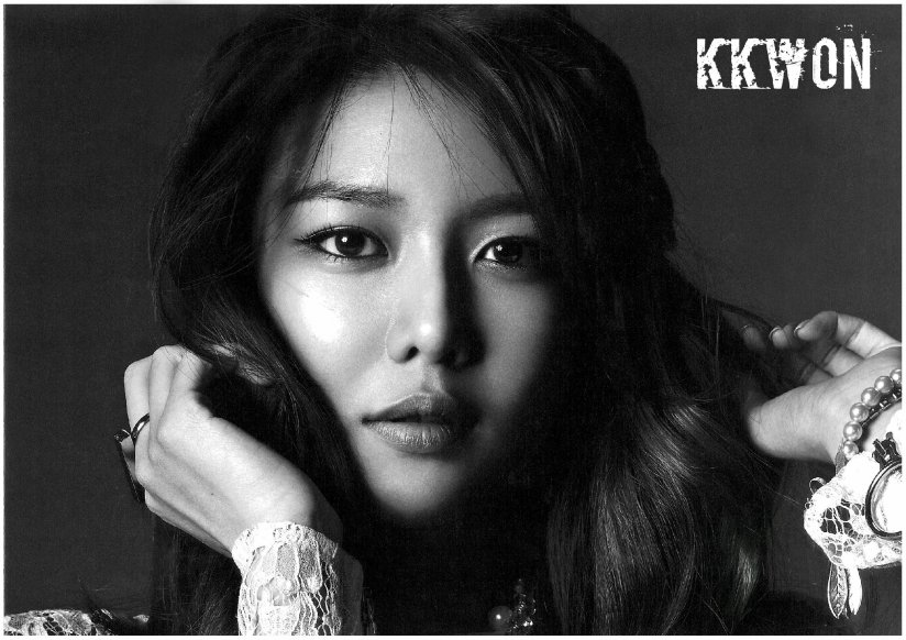 [140427] Sooyoung (SNSD) for Pamphlet Girls' Generation 3rd Japan Tour (Scan) by KKWON [2]