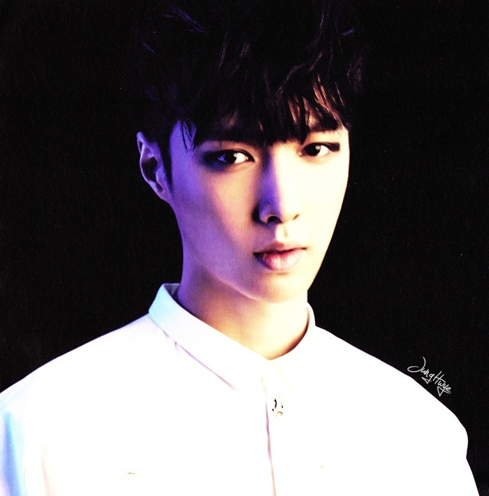 [140507] Lay (EXO) for Overdose Album (Scan) by jung hwye [1]