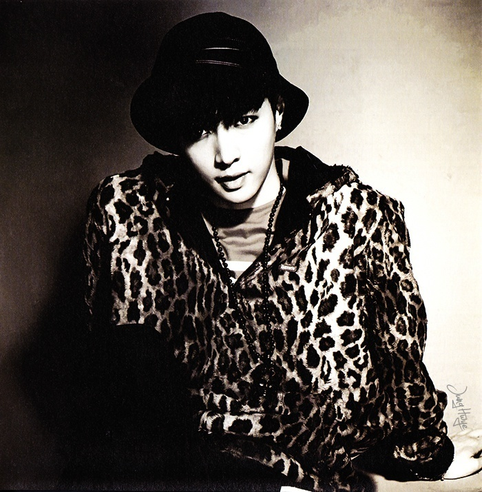[140507] Lay (EXO) for Overdose Album (Scan) by jung hwye [2]
