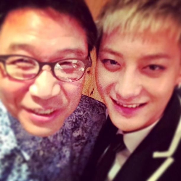 [140508] Tao (EXO) New Selca with Lee Sooman