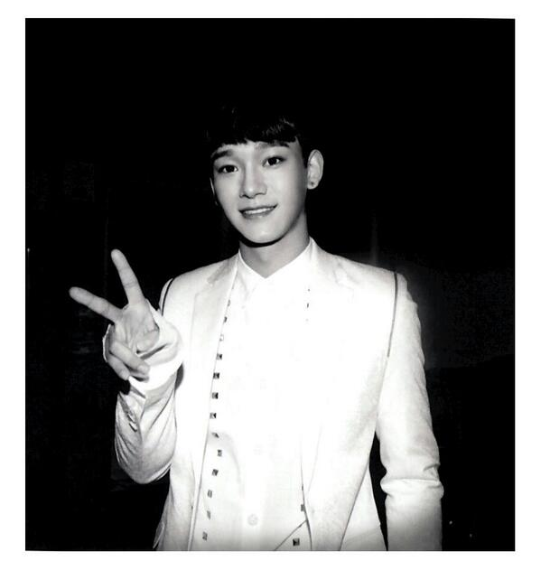 [140509] Chen (EXO) New Picture for Overdose Polarioid Picture (Scan) by manapia12 [1]
