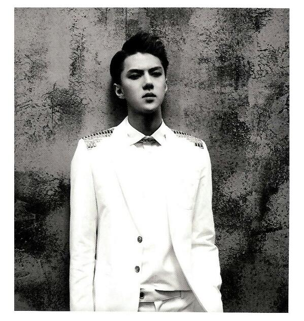 [140509] Sehun (EXO) New Picture for Overdose Polarioid Picture (Scan) by manapia12 [1] (1)
