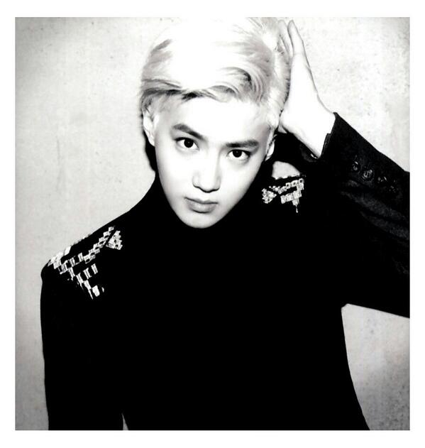 [140509] Suho (EXO) New Picture for Overdose Polarioid Picture (Scan) by manapia12 [2]