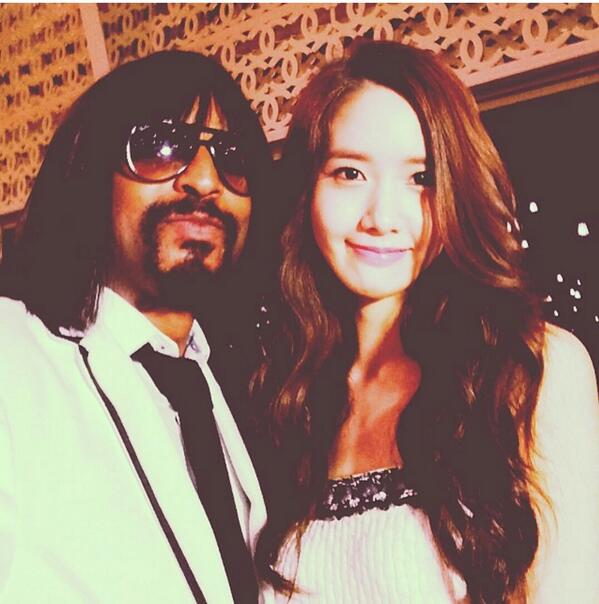 [140515] Yoona (SNSD) @ Chanel Cruise 2015 fashion show in Dubai with Kellindo Parker