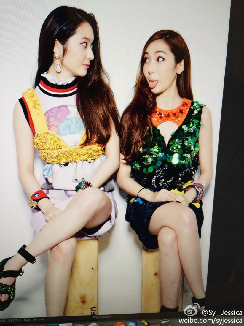 [140519] Jessica (SNSD) New Selca with Krystal [2]