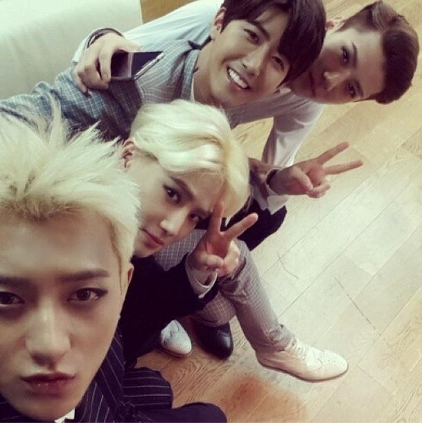[140605] Kwanghee (ZEA) New Selca with Suho, Sehun and Tao
