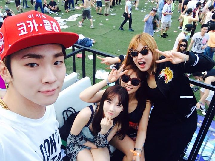 [140615] Taeyeon (SNSD) New Selca with Key (SHINee) and 서수경 via 서수경's Facebook [4]
