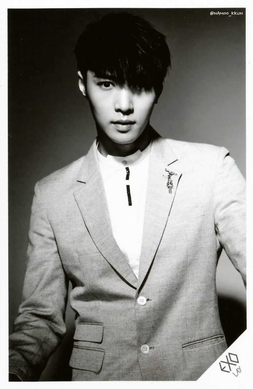 [140621] Lay (EXO) OVERDOSE SD CARD SET A POP-UP STORE (Scan) by NAMOO_KKUN