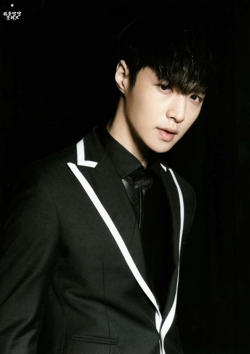 [140622] Lay (EXO) New Picture for Overdose Postcard @ POP-UP Store (Scan) by OliV_xoxo