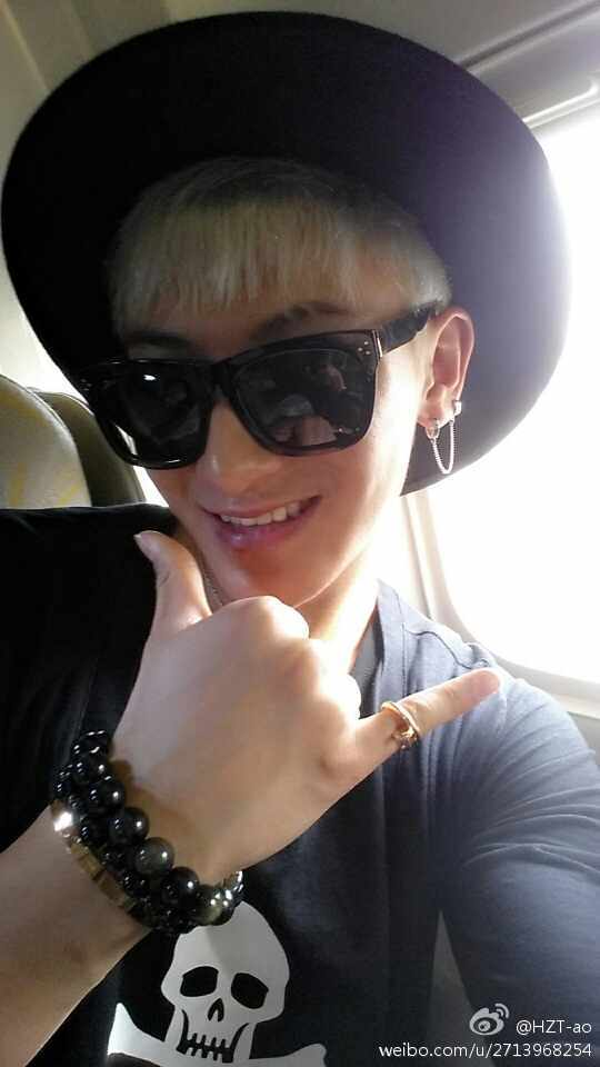 [140628] Tao (EXO) New Selca via Weibo [2]