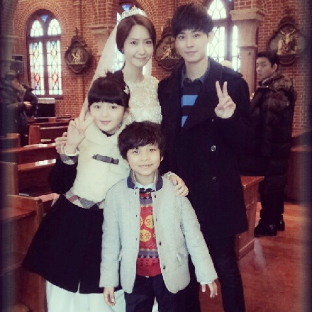 [140629] Yoona (SNSD) New Selca with Primister & I Cast via choisuhan's Instagram
