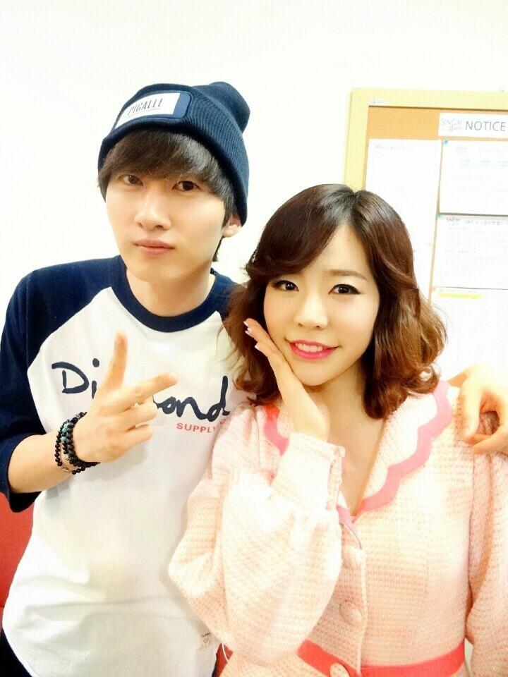 [140705] Sunny (SNSD) New Selca With Eunhyuk via AllRiseSilver's Twitter