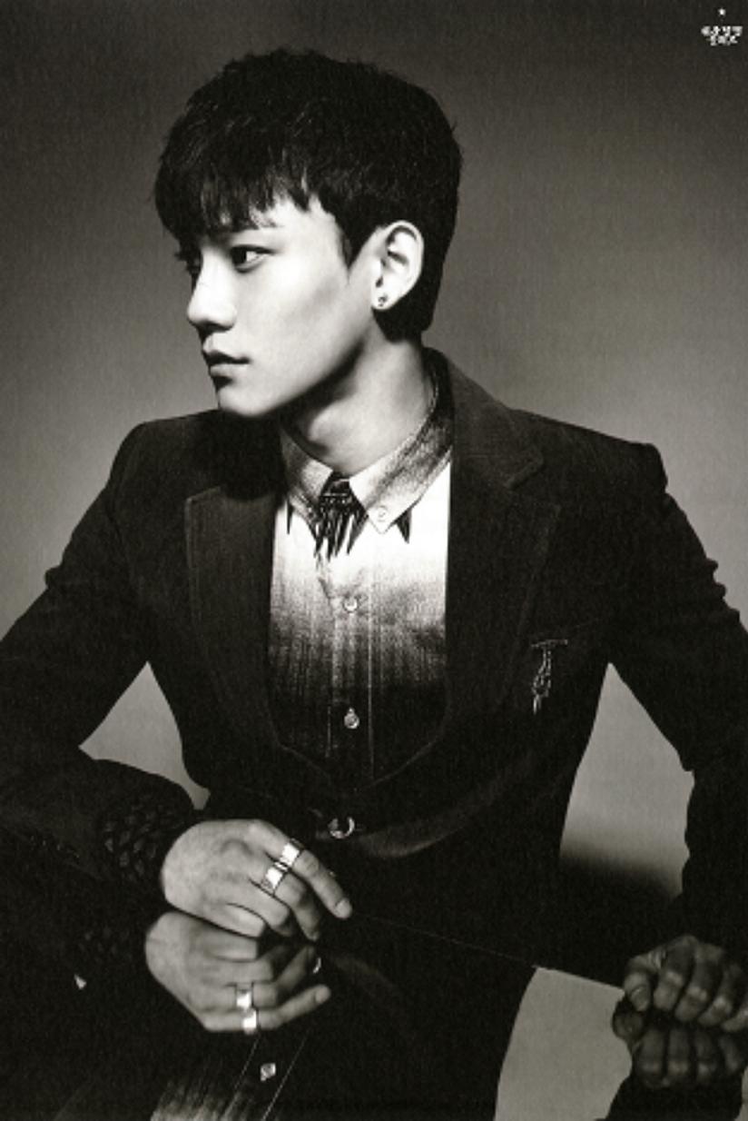 [140712] Chen (EXO) New Overdose Postcard (Scan) by OliV_xoxo [1]