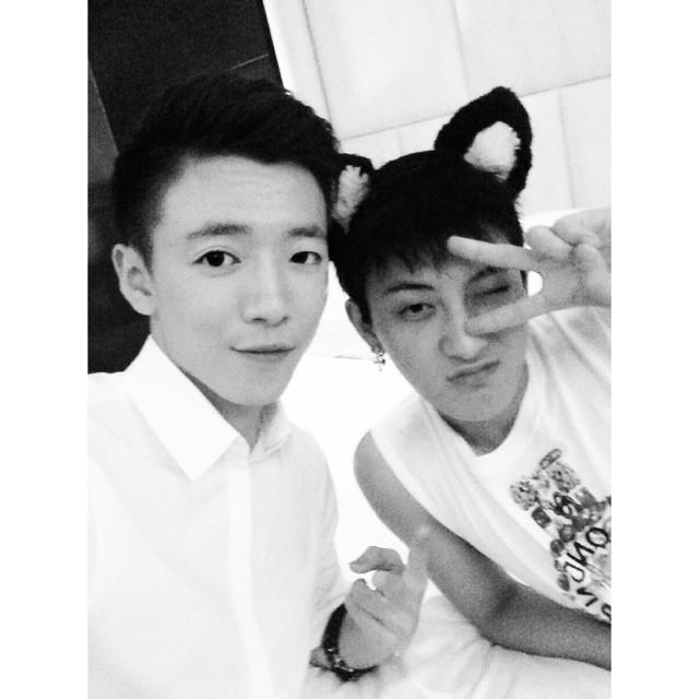 [140720] Tao (EXO) New Selca with Ivan Li via chaos102413's instagram
