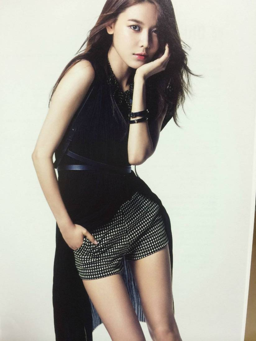 [140722] Sooyoung (SNSD) New Picture for The BEST (Scan) by Gray_YuRism [3]
