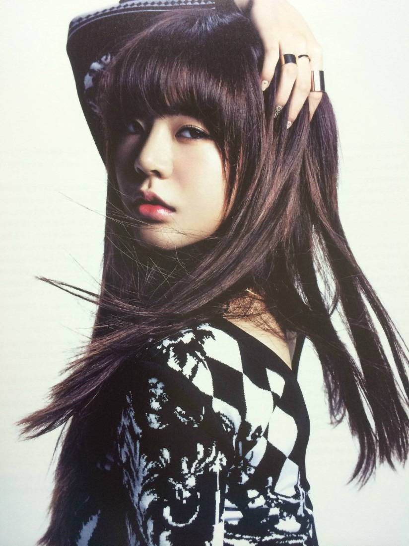 [140722] Sunny (SNSD) New Picture for The BEST (Scan) by Gray_YuRism [1]