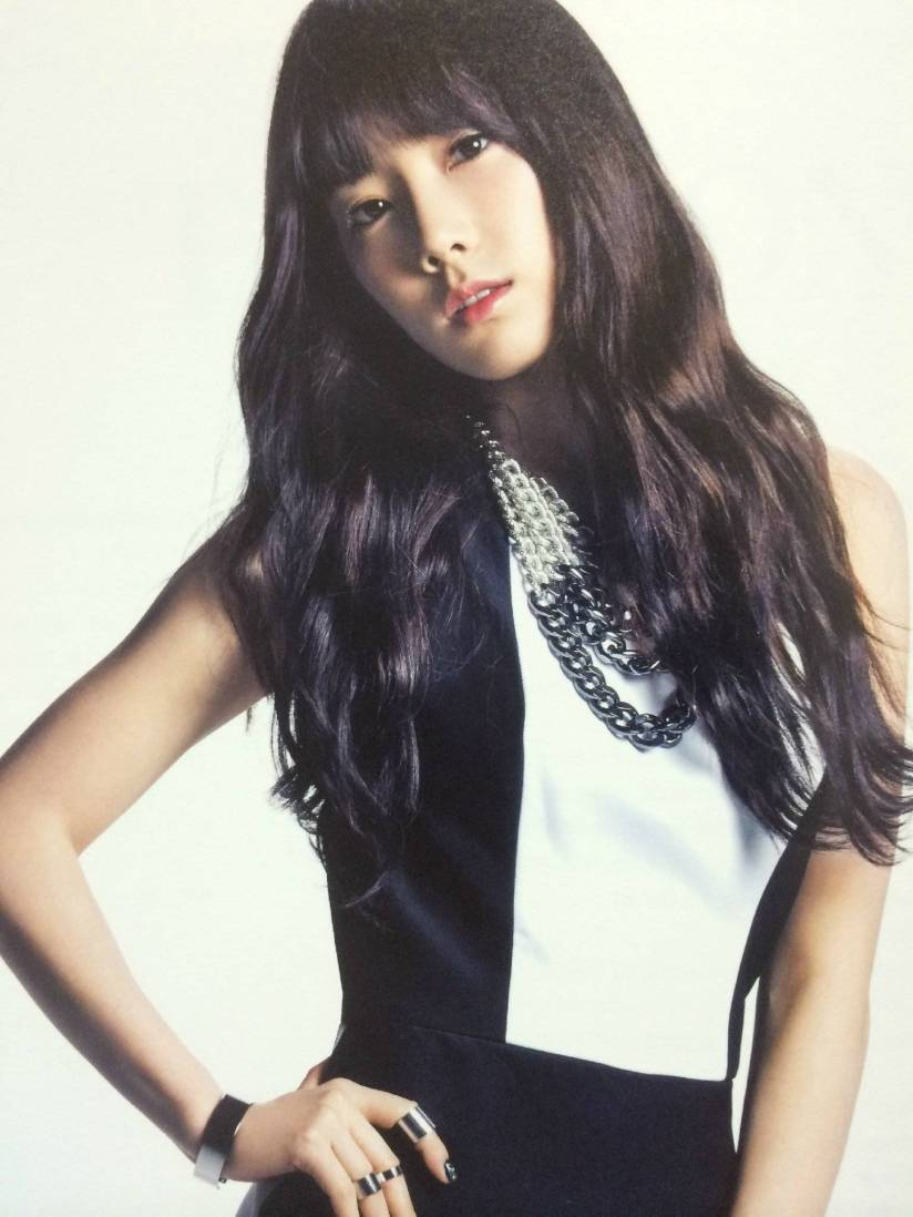 [140722] Taeyeon (SNSD) New Picture for The BEST (Scan) by Gray_YuRism [2]