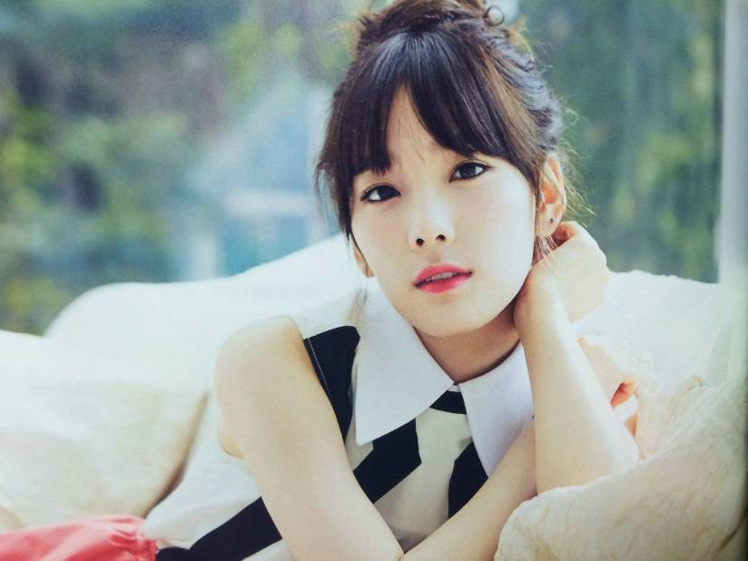 [140722] Taeyeon (SNSD) New Picture for The BEST (Scan) by Gray_YuRism [7]