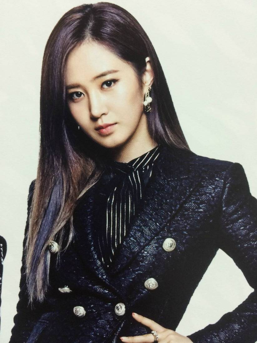 [140722] Yuri (SNSD) New Picture for The BEST (Scan) by Gray_YuRism [1]