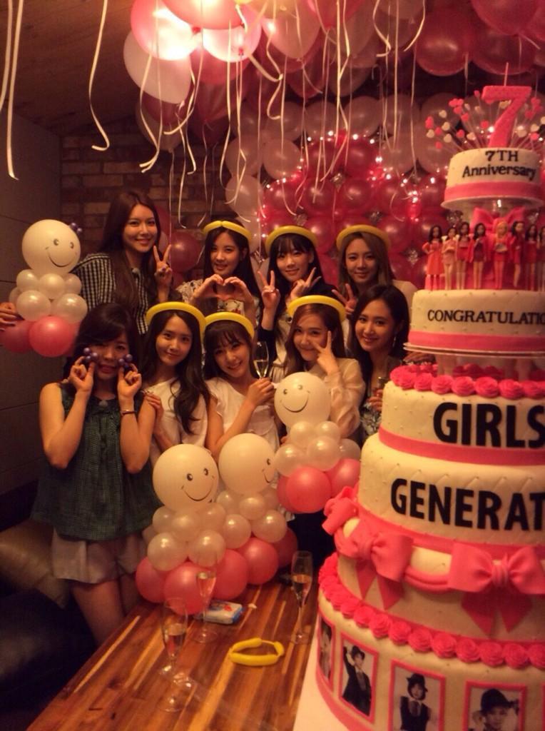 [140725] Girls' Generation (SNSD) New Selca via GG's LINE