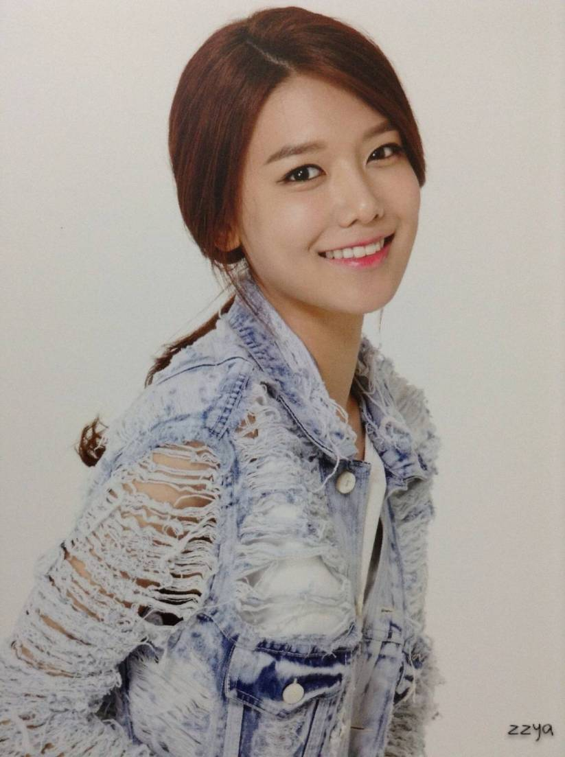 [140726] Sooyoung (SNSD) Photocard for Lucky Box (Scan) by 吃核桃壳