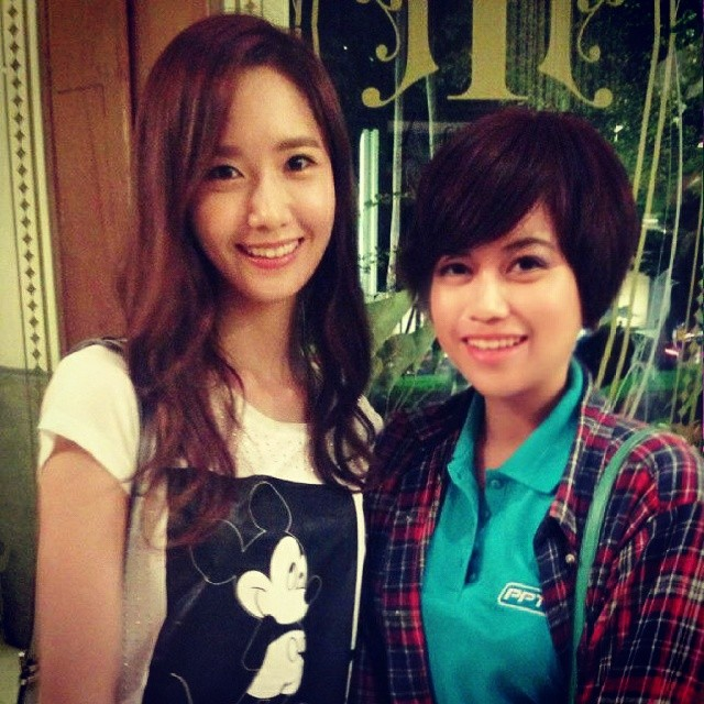 [140726] Yoona (SNSD) New Selca with Kannicha via aommsiin's Instagram