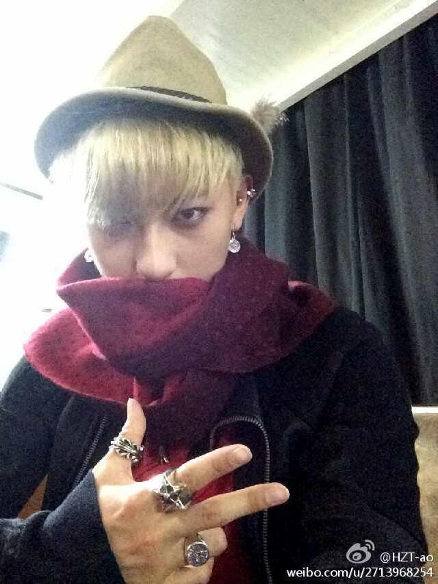 [140730] Tao (EXO) New Selca via Tao's Weibo [2]
