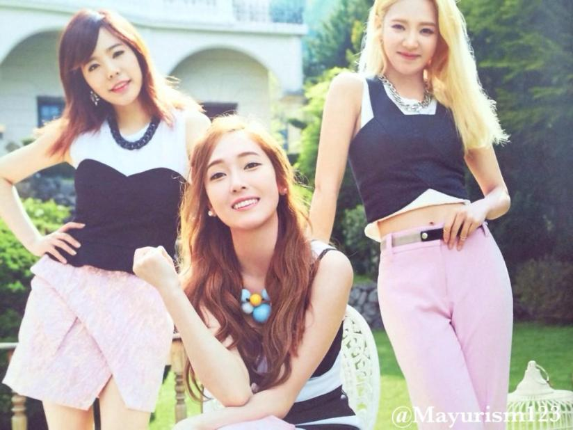 [220714] Girls' Generation (SNSD) New Picture from Photobook The BEST (The Best Japanese Album - Type F) by Mayurism123 [6]