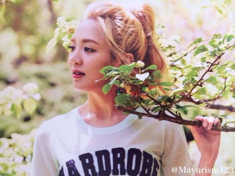 [220714] Hyoyeon (SNSD) New Picture from Photobook The BEST (The Best Japanese Album - Type F) by Mayurism123 [3]