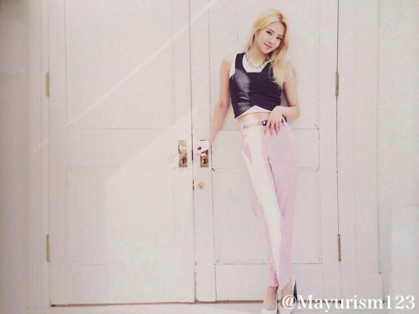 [220714] Hyoyeon (SNSD) New Picture from Photobook The BEST (The Best Japanese Album - Type F) by Mayurism123 [4]