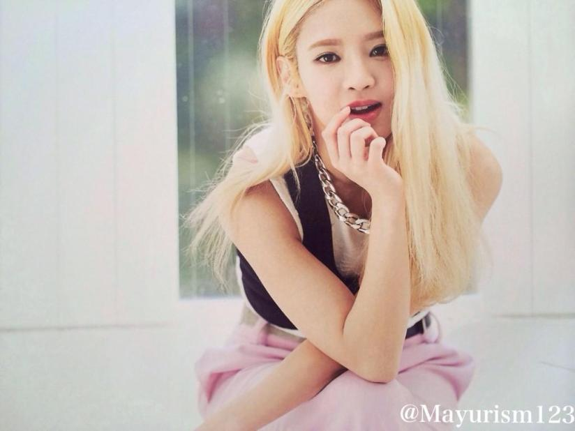 [220714] Hyoyeon (SNSD) New Picture from Photobook The BEST (The Best Japanese Album - Type F) by Mayurism123 [5]